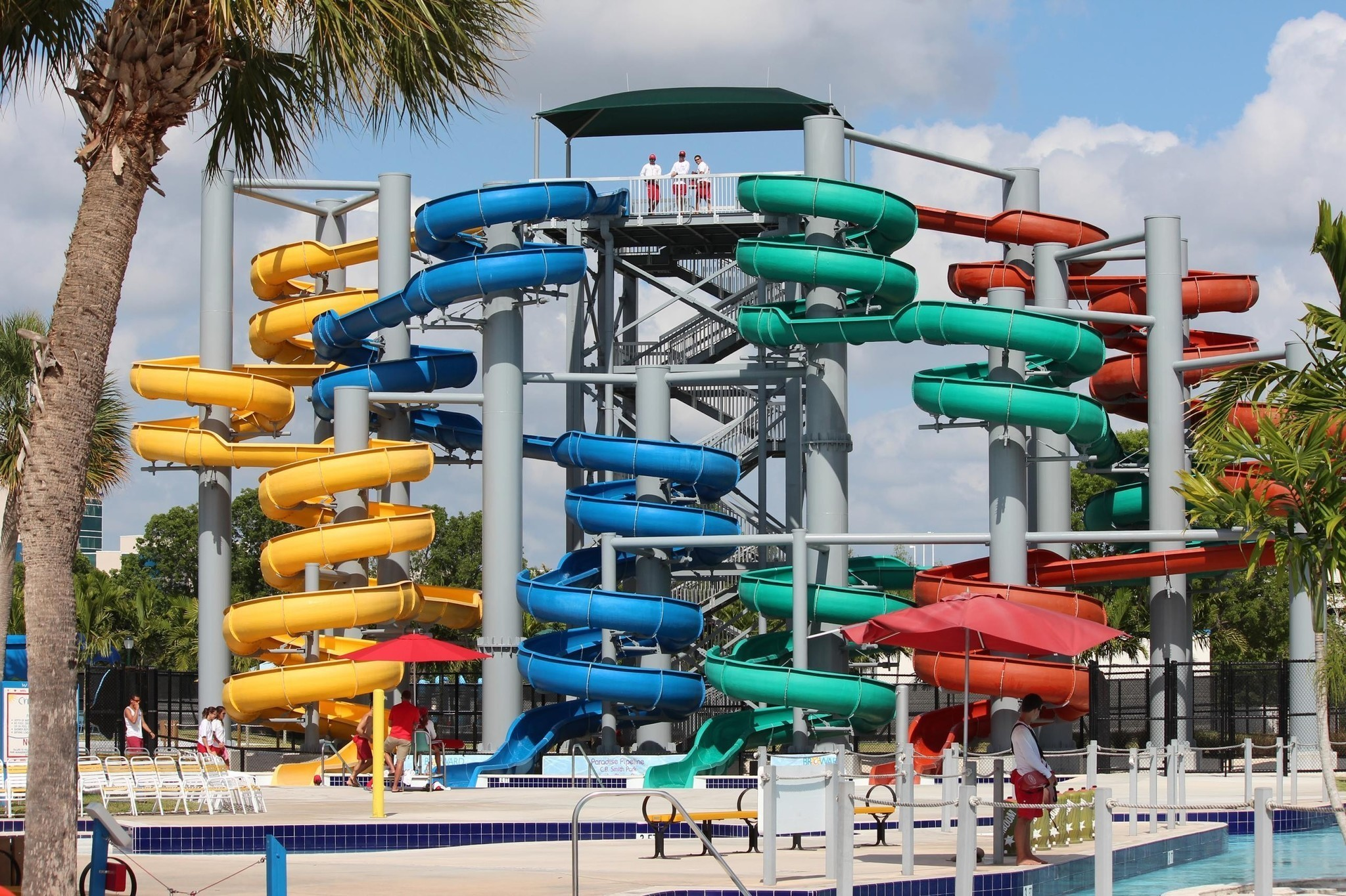 Paradise Cove Water Park At C B Smith Park In Pembroke Pines Sun
