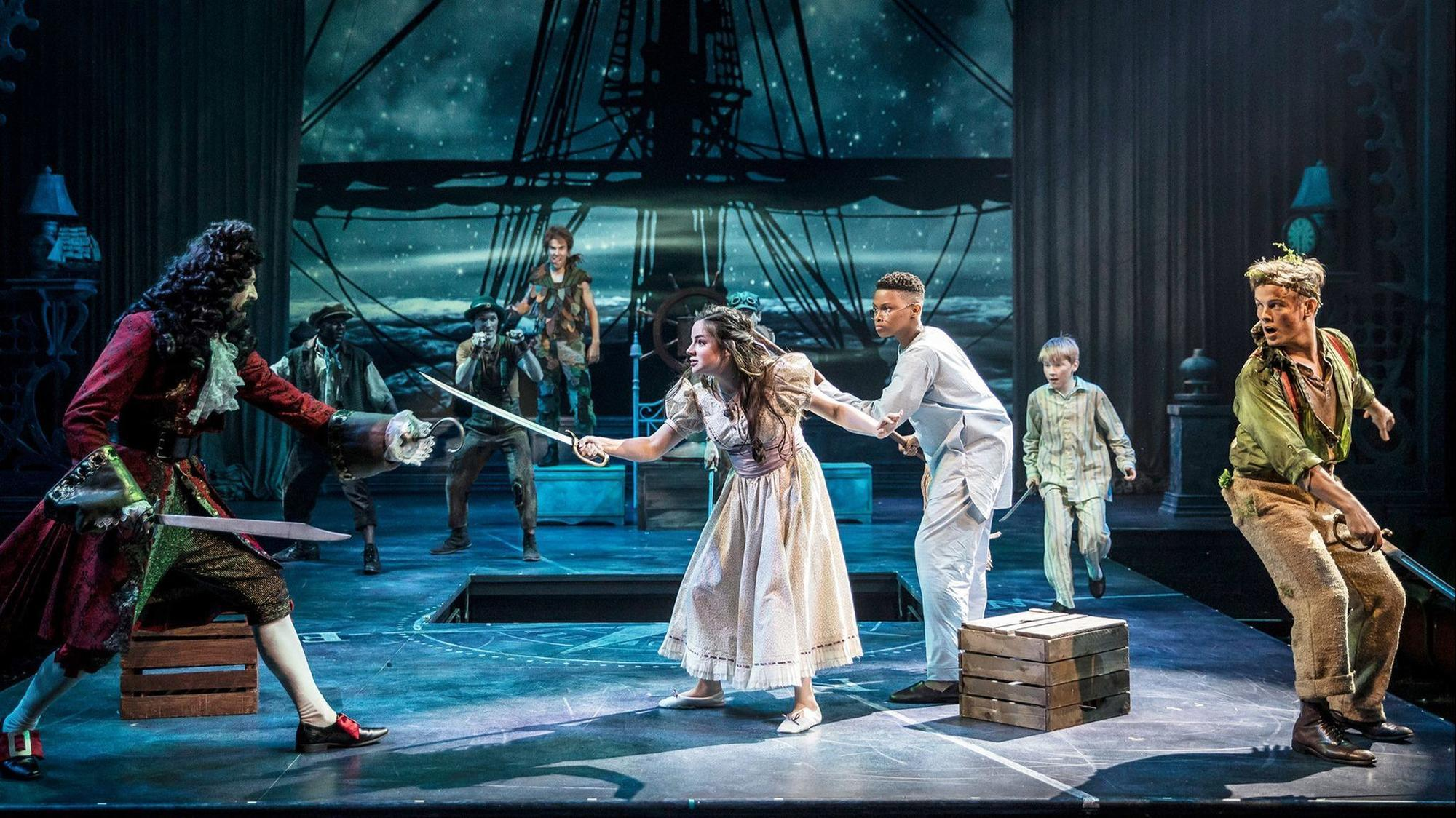 Loop And Hook >> 'Peter Pan: A Musical Adventure' review: Blink on Navy Pier and they've flown away - Chicago Tribune