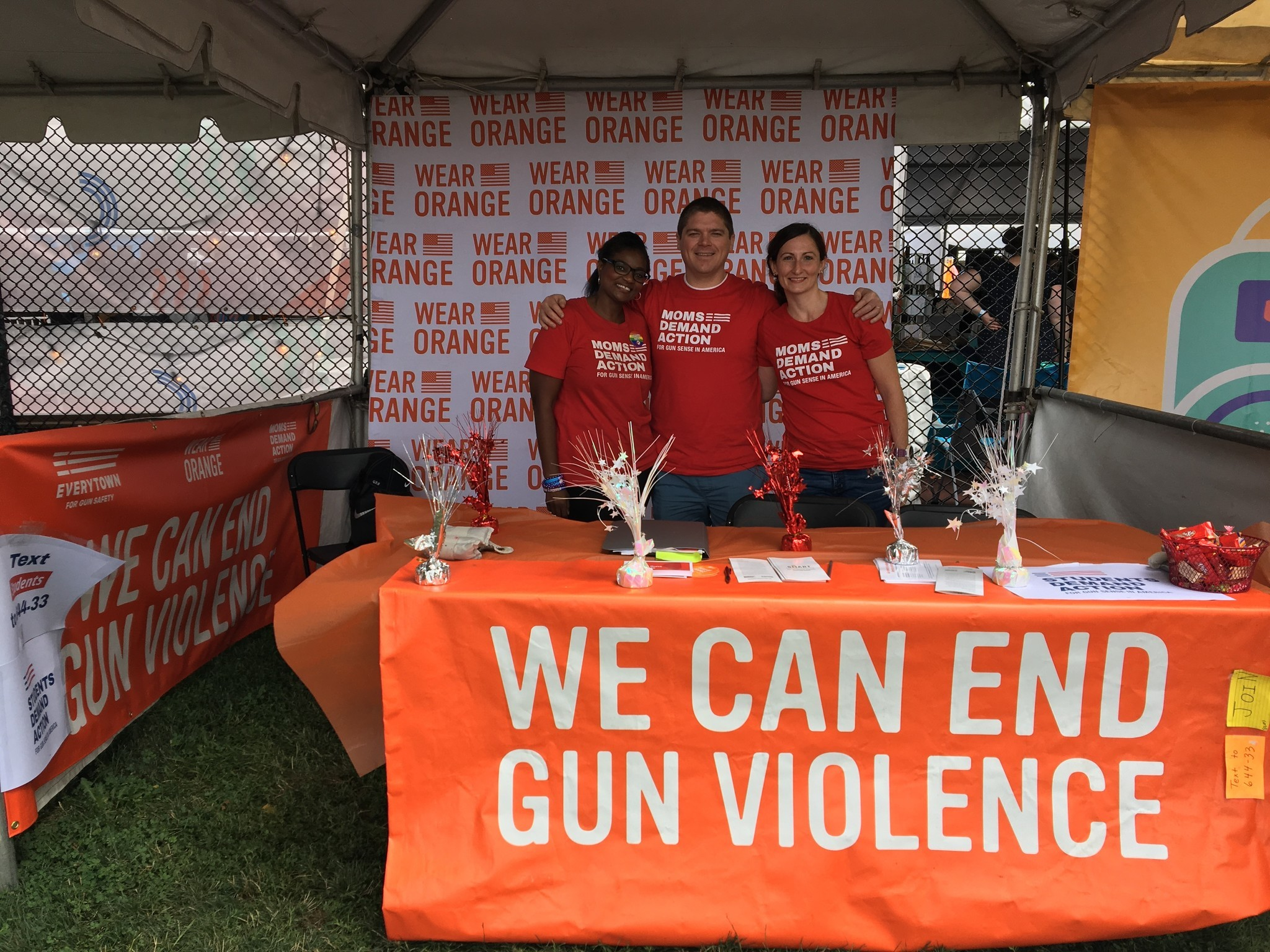 Chicago gun safety activists at Pitchfork look to reach Gov. Rauner
