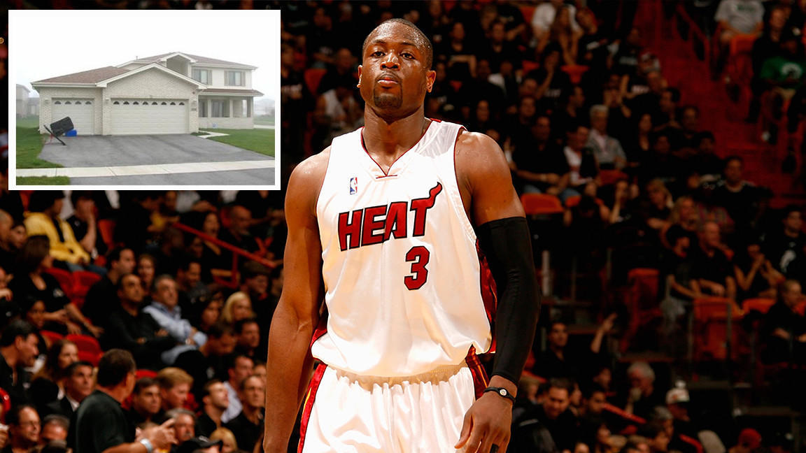 0cd307d40f2 Basketball star Dwyane Wade lists Matteson house for  269