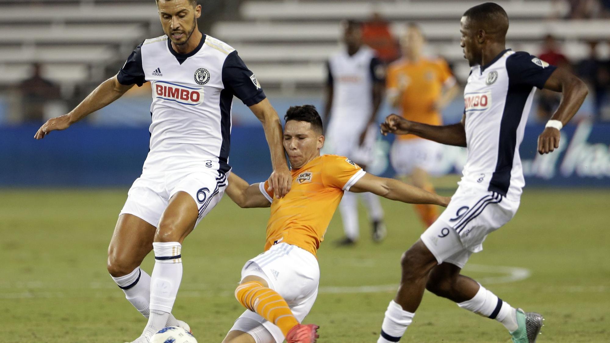 Burke's goal secures Union late win over Houston Dynamo