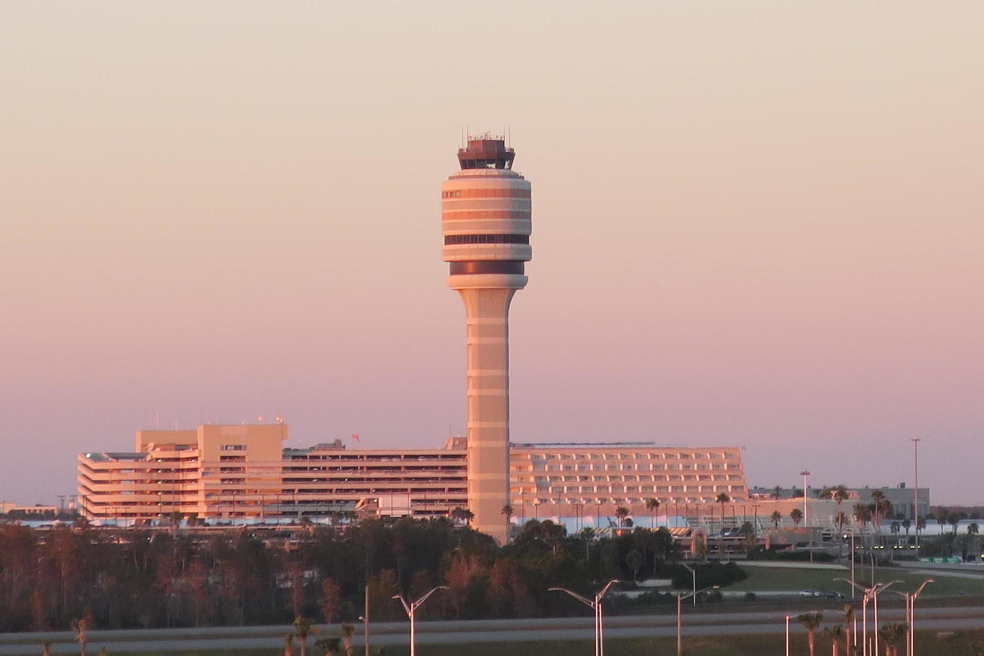 333 passengers taken off plane at Orlando airport after bomb comment, fight, official says