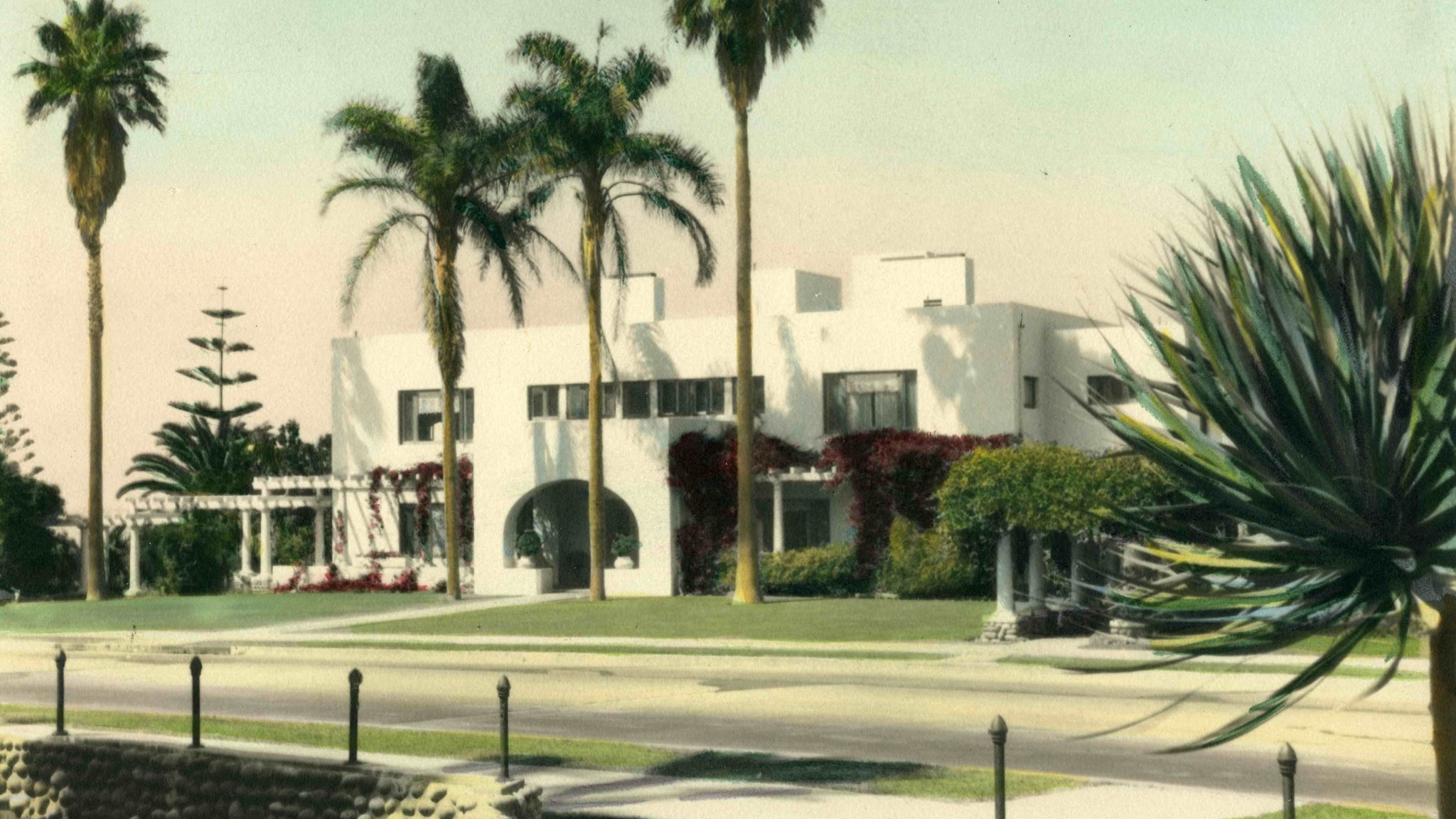 The house that architect Irving Gill designed for Ellen Browning Scripps in 1915 remains a part of the new design.