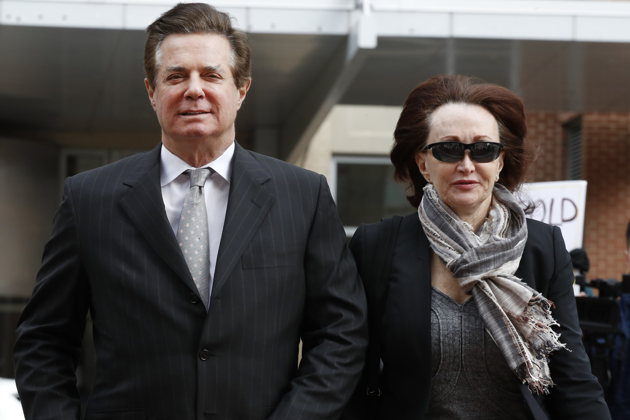 Accountants testify Manafort inflated loans, failed to ...