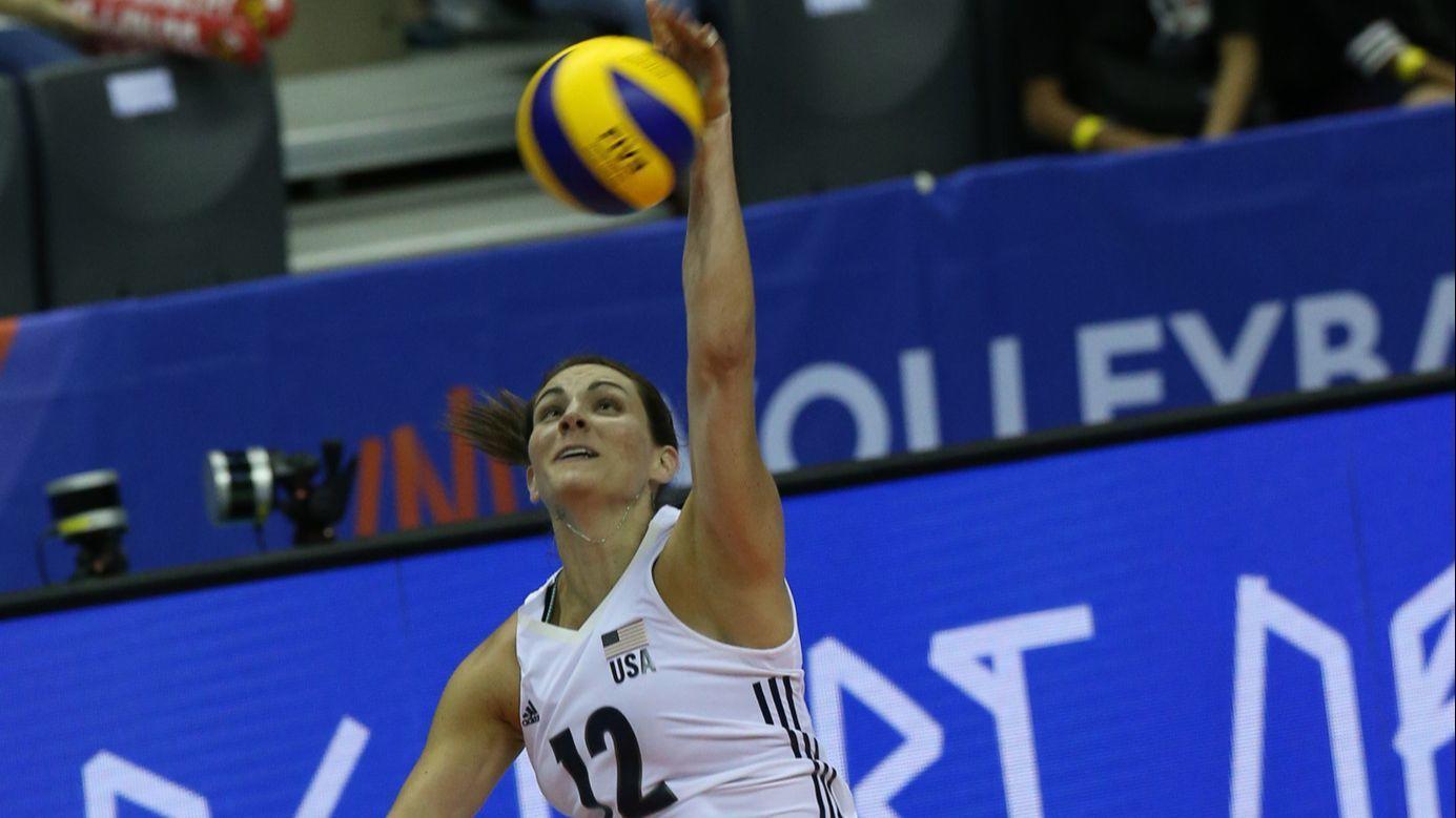 Baranek: Joliet Catholic grad Kelly Murphy fans Olympic flame with Team USA