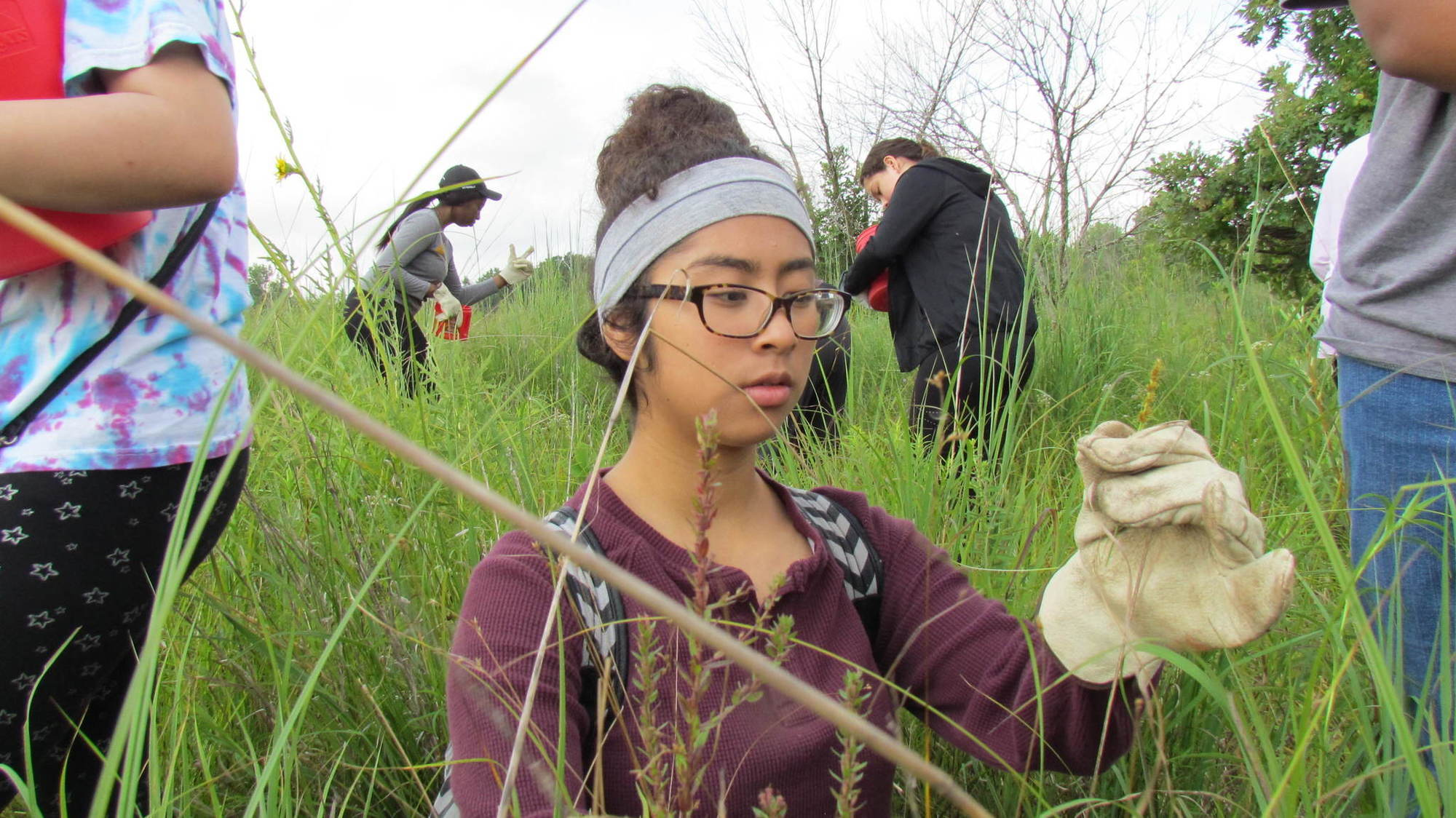 Fermilab program helps Aurora-area students get back to nature