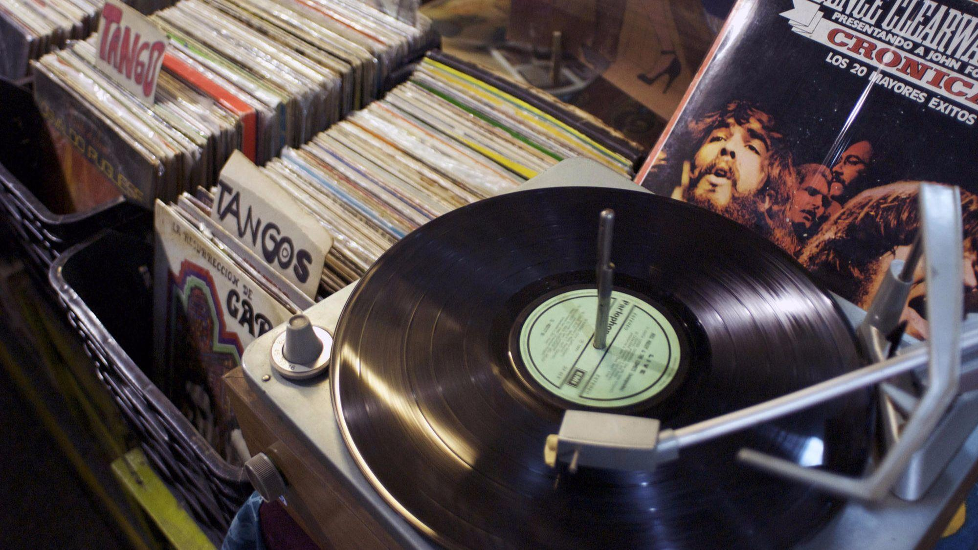 Vinyl Record Day Where To Find Those New And Old Tunes