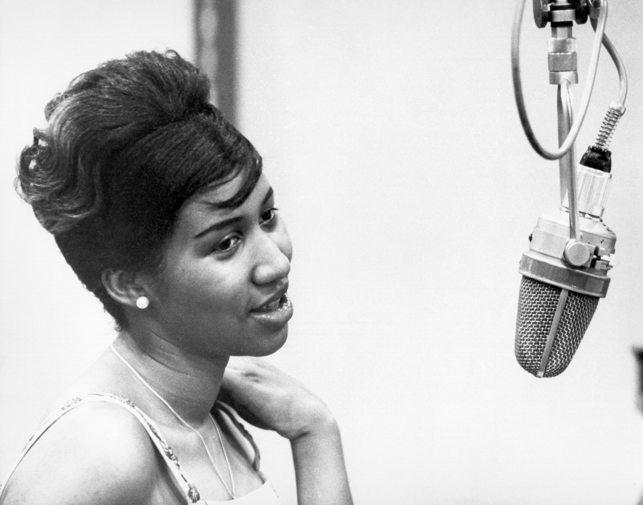 photos aretha franklin through the years chicago tribune. Black Bedroom Furniture Sets. Home Design Ideas