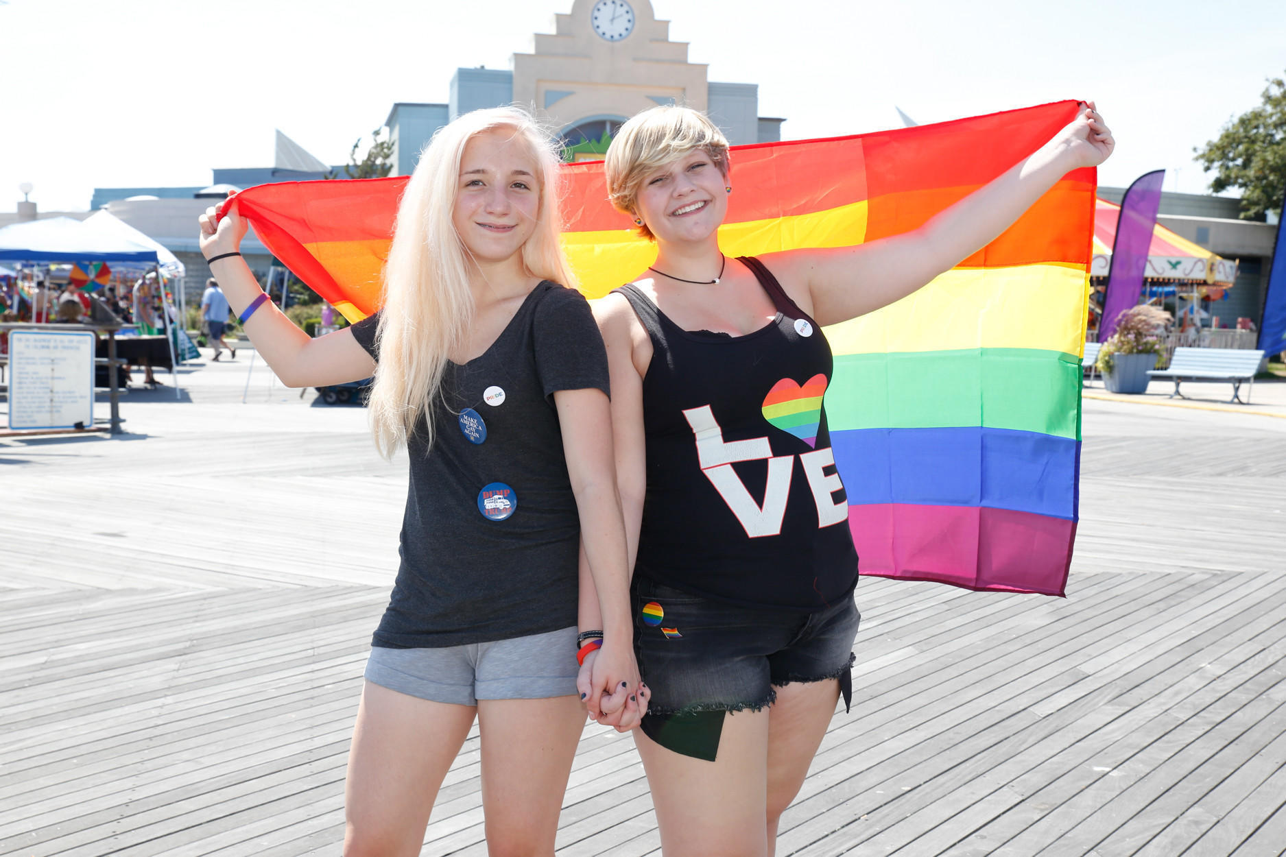 of LGBT visitors and hosts New London Gay Pride in