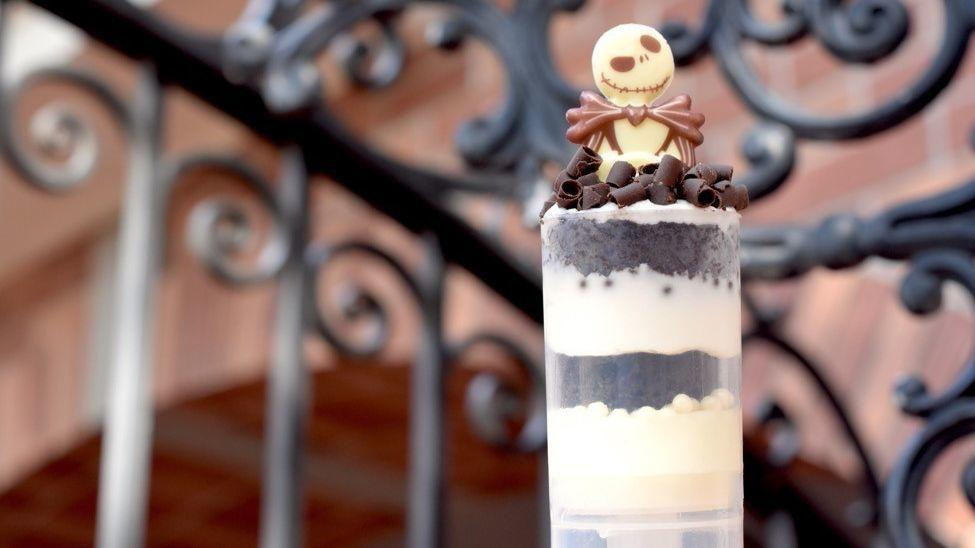 13 creepy cute halloween desserts at disneys magic kingdom orlando sentinel