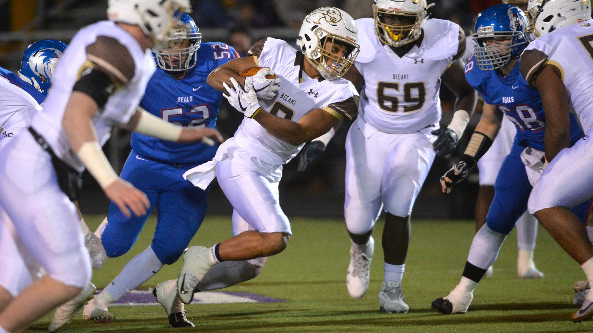 High school football preview, EPC South: Emmaus, Bethlehem Catholic could finish 1 and 2; plus: 5 players to watch