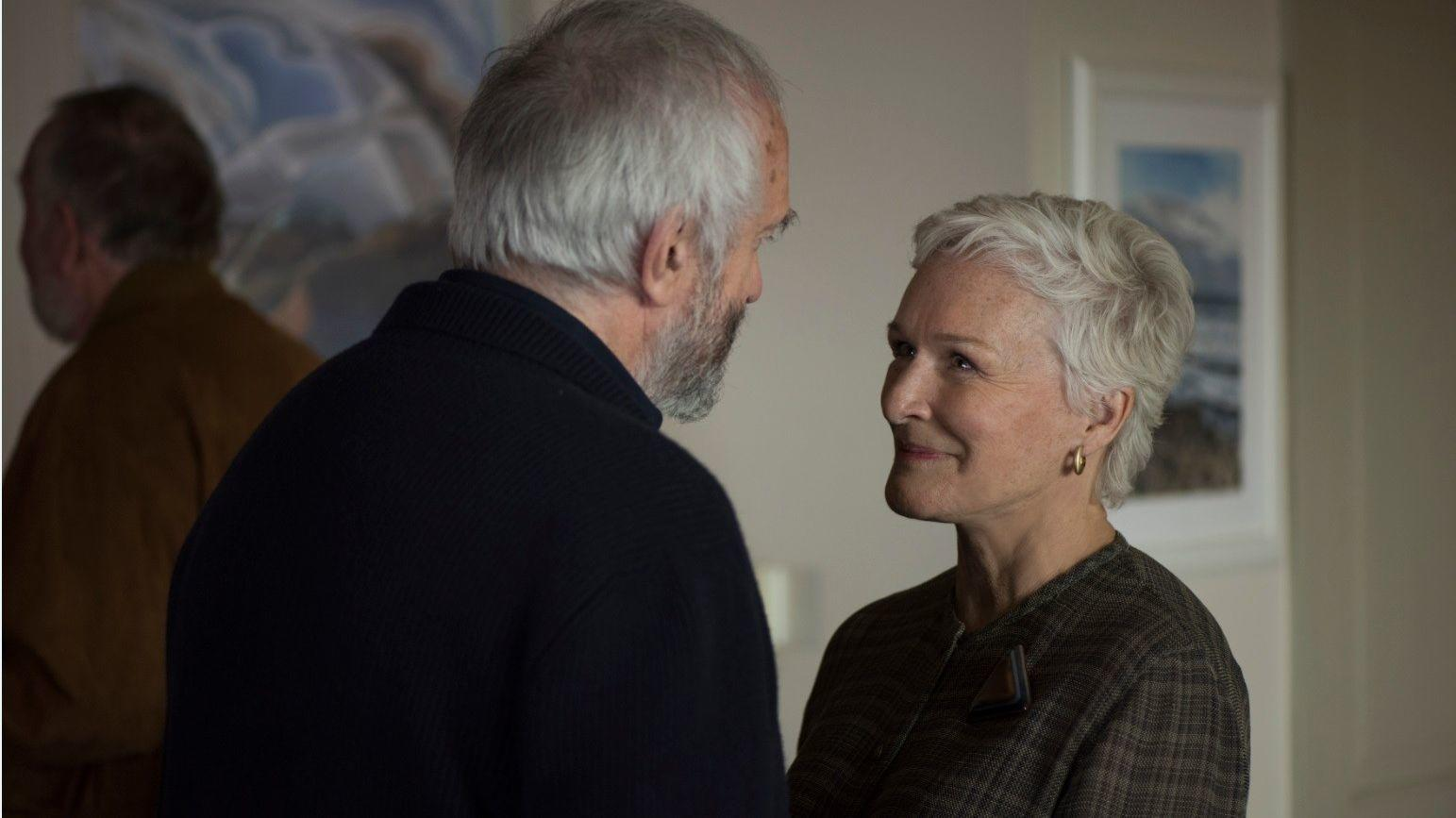 The Wife Review Glenn Close Rises To The Occasion In Rocky