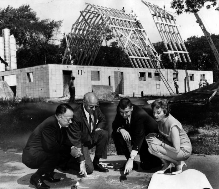 Barn raising for Lincoln Park Zoo's Farm-in-the-Zoo, 1964