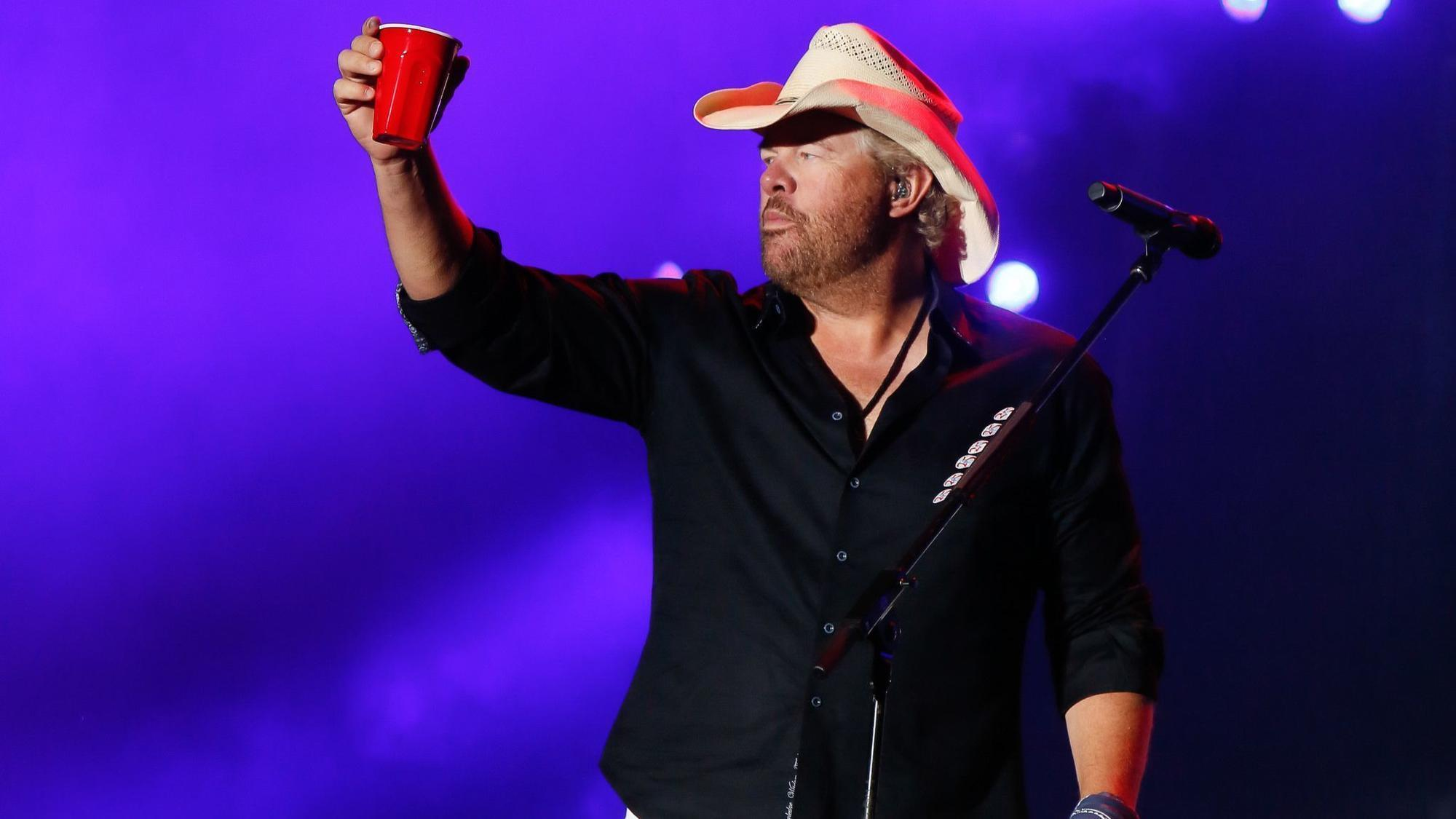 REVIEW: Toby Keith, Trace Adkins, deliver at Citadel Country Spirit USA fest, bu...
