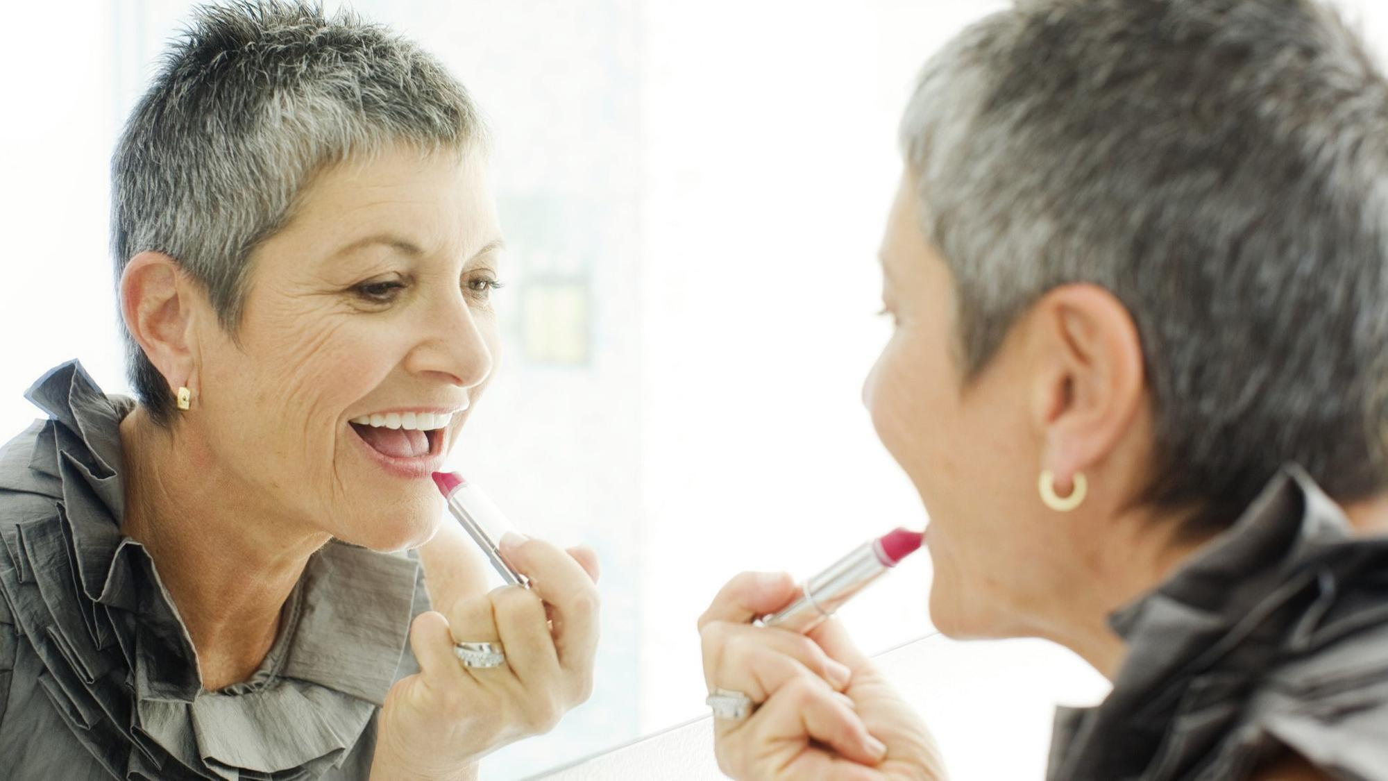 Makeup Tips For Going Gray It S All About Color Chicago