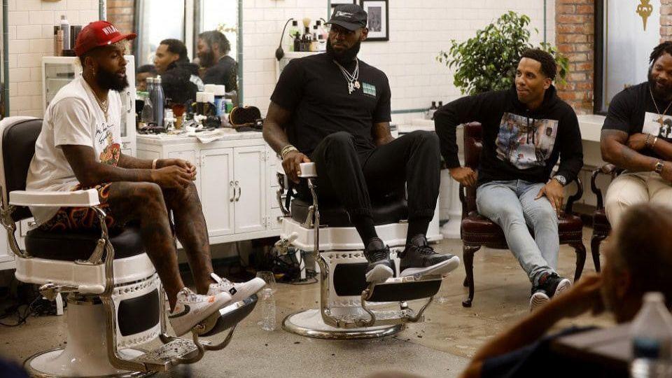 c8cb9fb0bfe9 LeBron James talks about fatherhood