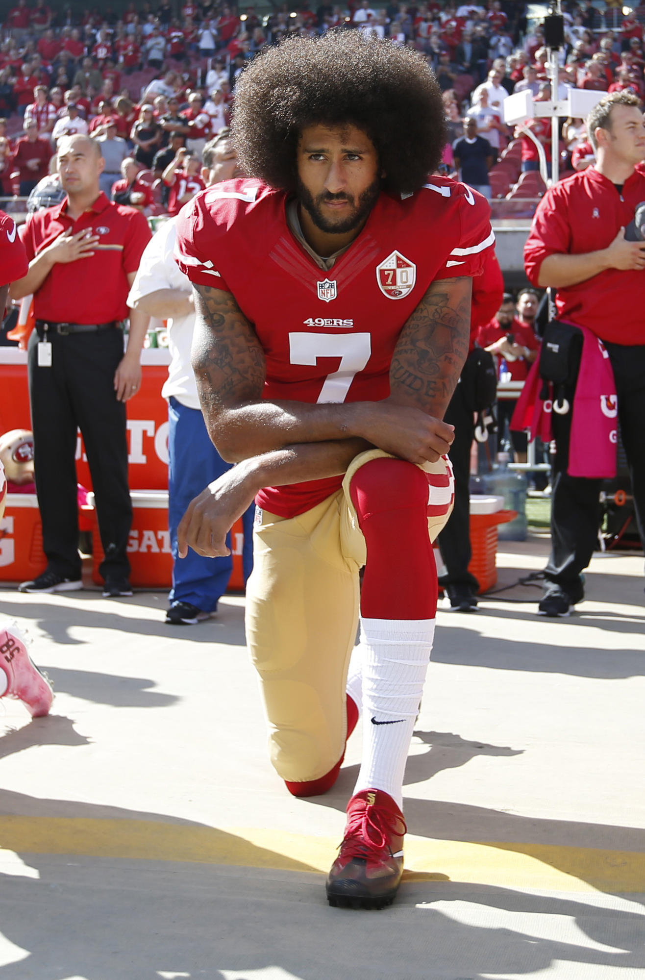 cheaper b3043 43c58 Colin Kaepernick has new deal with Nike though he s not in NFL - Chicago  Tribune