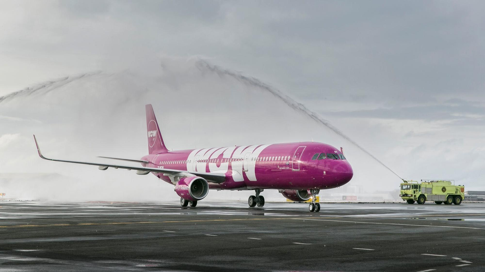 wow air to launch orlando to europe flights in december starting at 99 orlando sentinel. Black Bedroom Furniture Sets. Home Design Ideas