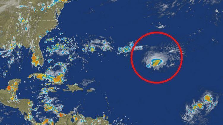 Hurricane Florence weakens for now; chances increase for 2 ...