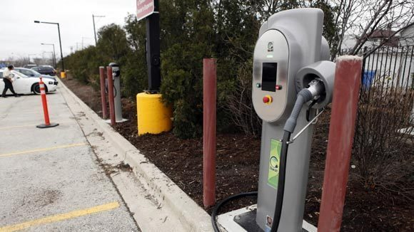 Chicago Car Charging Station Feud Goes To Court