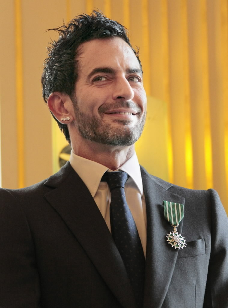 696d1438a4 Designer Marc Jacobs leaves Vuitton to float own brand - Chicago Tribune