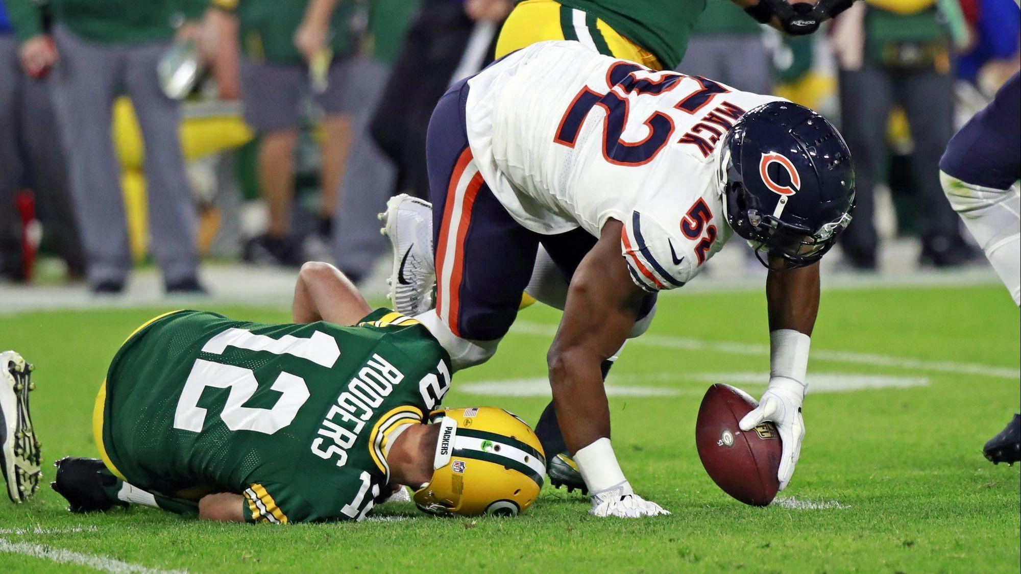 c523d319327 Bears let 20-0 lead evaporate in Green Bay, fall to Packers 24-23 ...