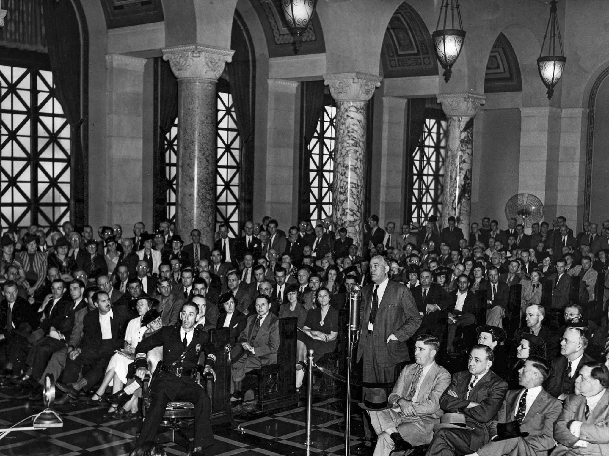 Oct. 23, 1939: A crowd of 400 gathers at Los Angeles City Council meeting to discuss the pros and co