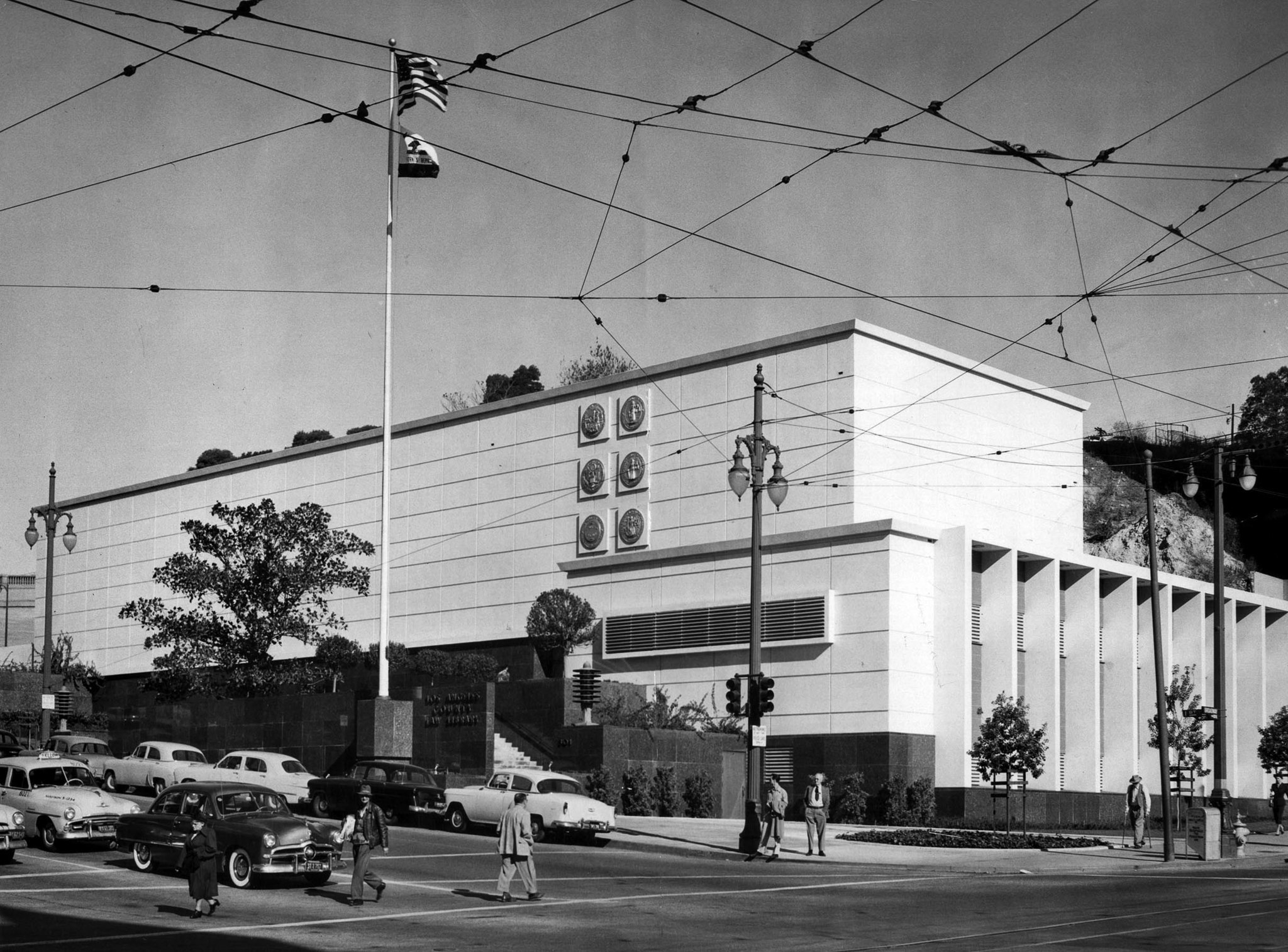 Nov. 16, 1954 photo of Los Angeles County Law Library at corner of 1st St. and Broadway in Downtown