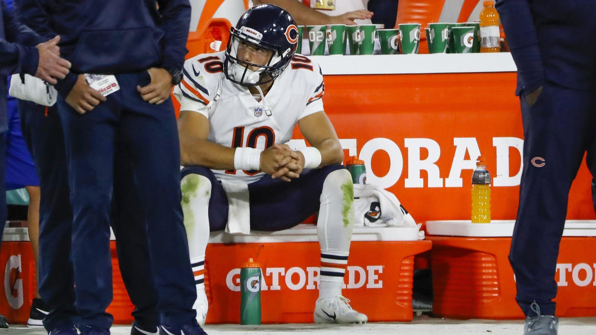 4bedb8e55ad Bears Q&A: Where does Mitch Trubisky stand after a poor 2nd half? When will  Roquan Smith start? Why didn't the Bears blitz Aaron Rodgers more?