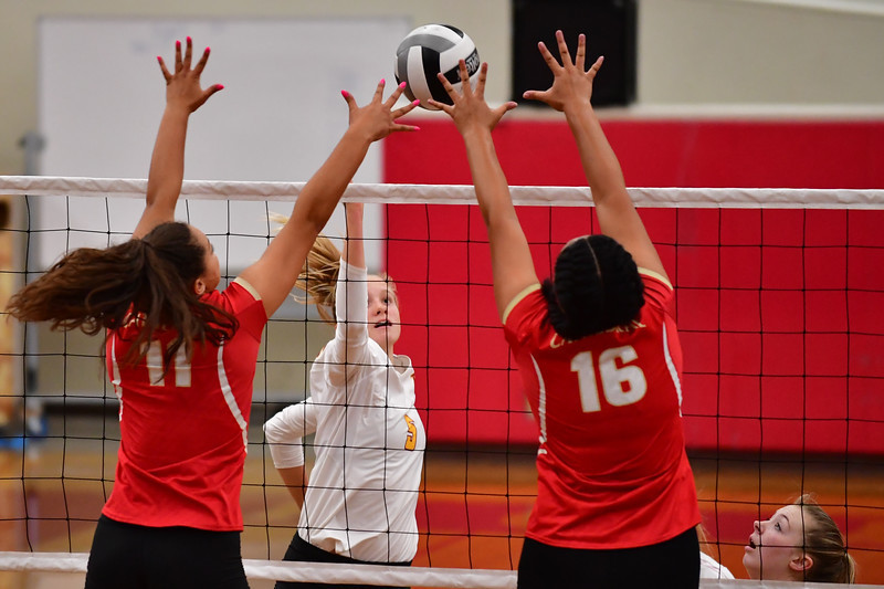 TPHS volleyball