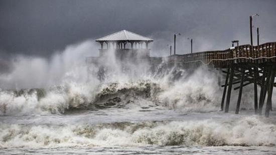 FOTOS: El huracán Florence golpea las Carolinas