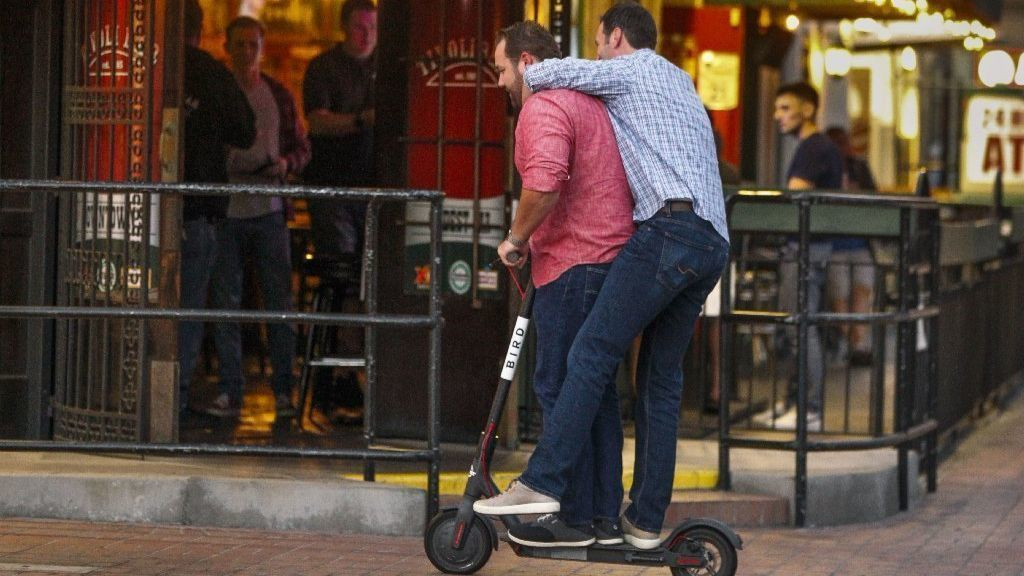 San Diego Continues Hands Off Approach As Electric Scooter