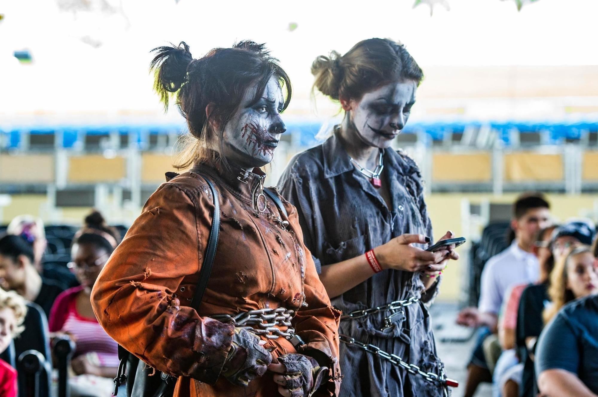 it's back. fright nights ready to scare up some fun. | gallery - sun