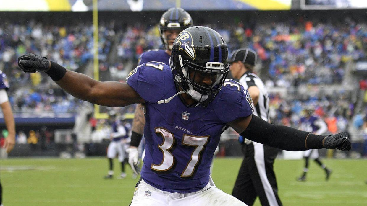 ravens overcome rough start to beat broncos 27 14 and move into