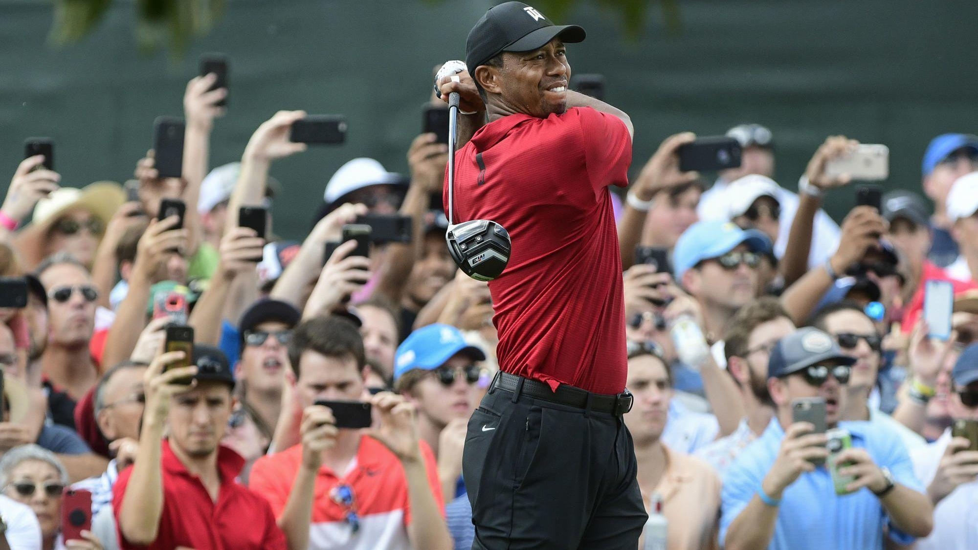 49df4a083a5ef Tiger Woods wins Tour Championship for first title in more than five years