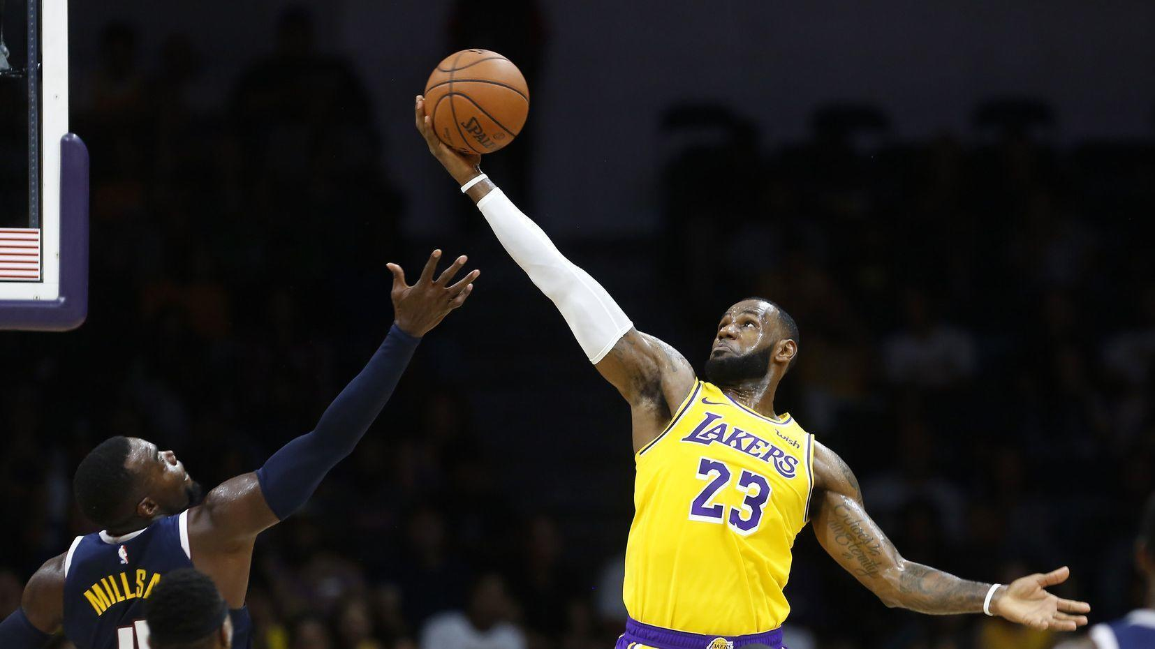 Lebron Lights Up San Diego Arena In Lakers Debut The San Diego