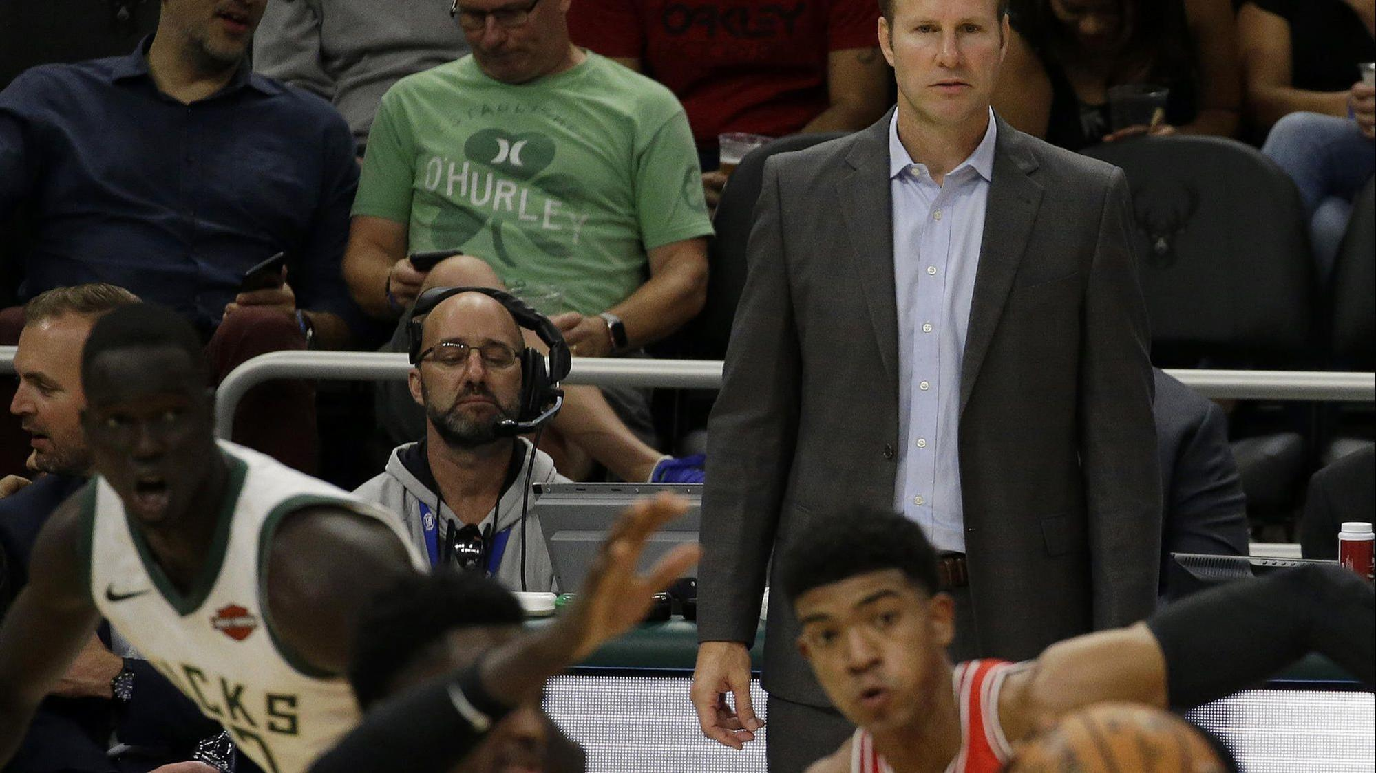 18a9375e78a5  Every bit as bad as we thought   Fred Hoiberg orders corrective practice   Zach LaVine sits with bruised quad - Chicago Tribune