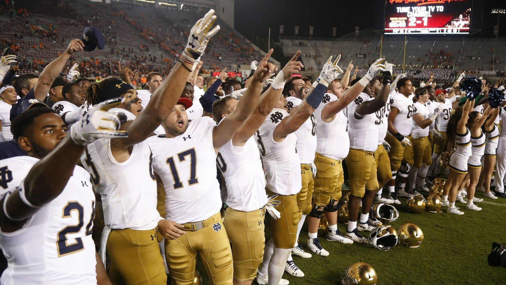 Notre Dame moves into top 5 in AP s latest rankings - Chicago Tribune 5accc6279