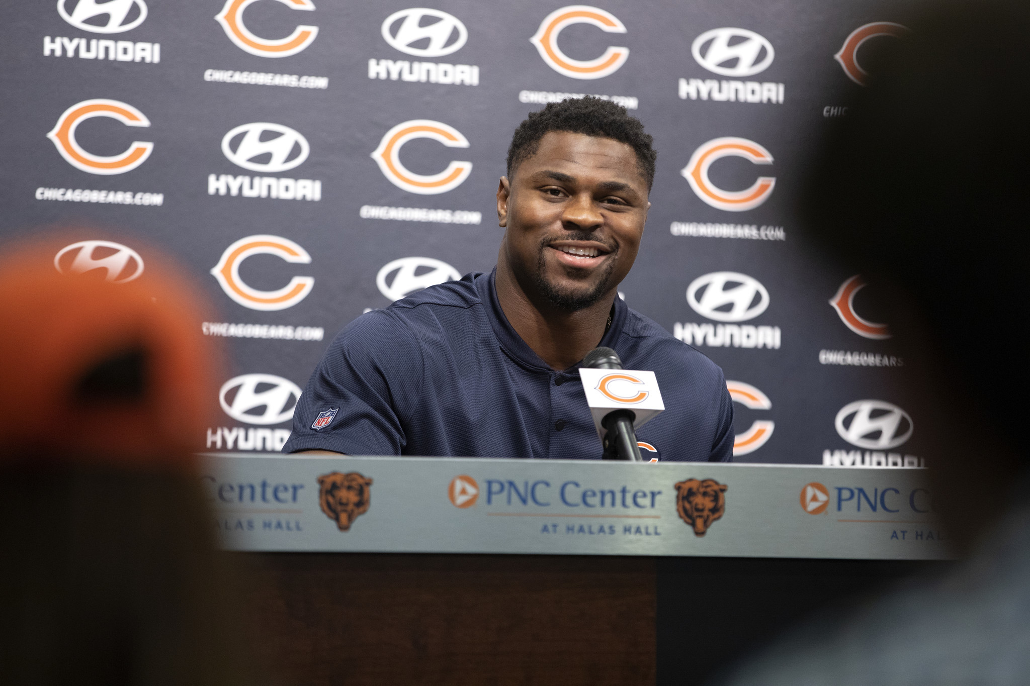 a0b4813b550 Khalil Mack speaks at his introductory press conference (Erin  Hooley/Chicago Tribune)