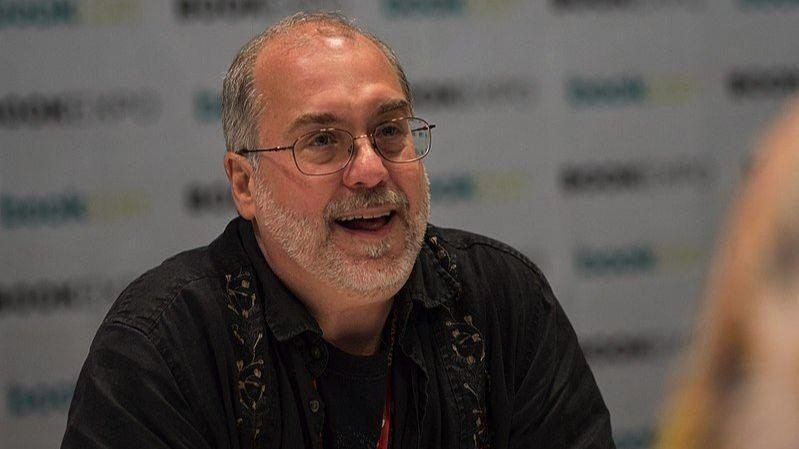 Naperville horror writer returns to south suburban roots in new book about famou...