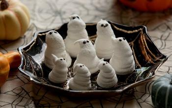 Marshmallow ghosts
