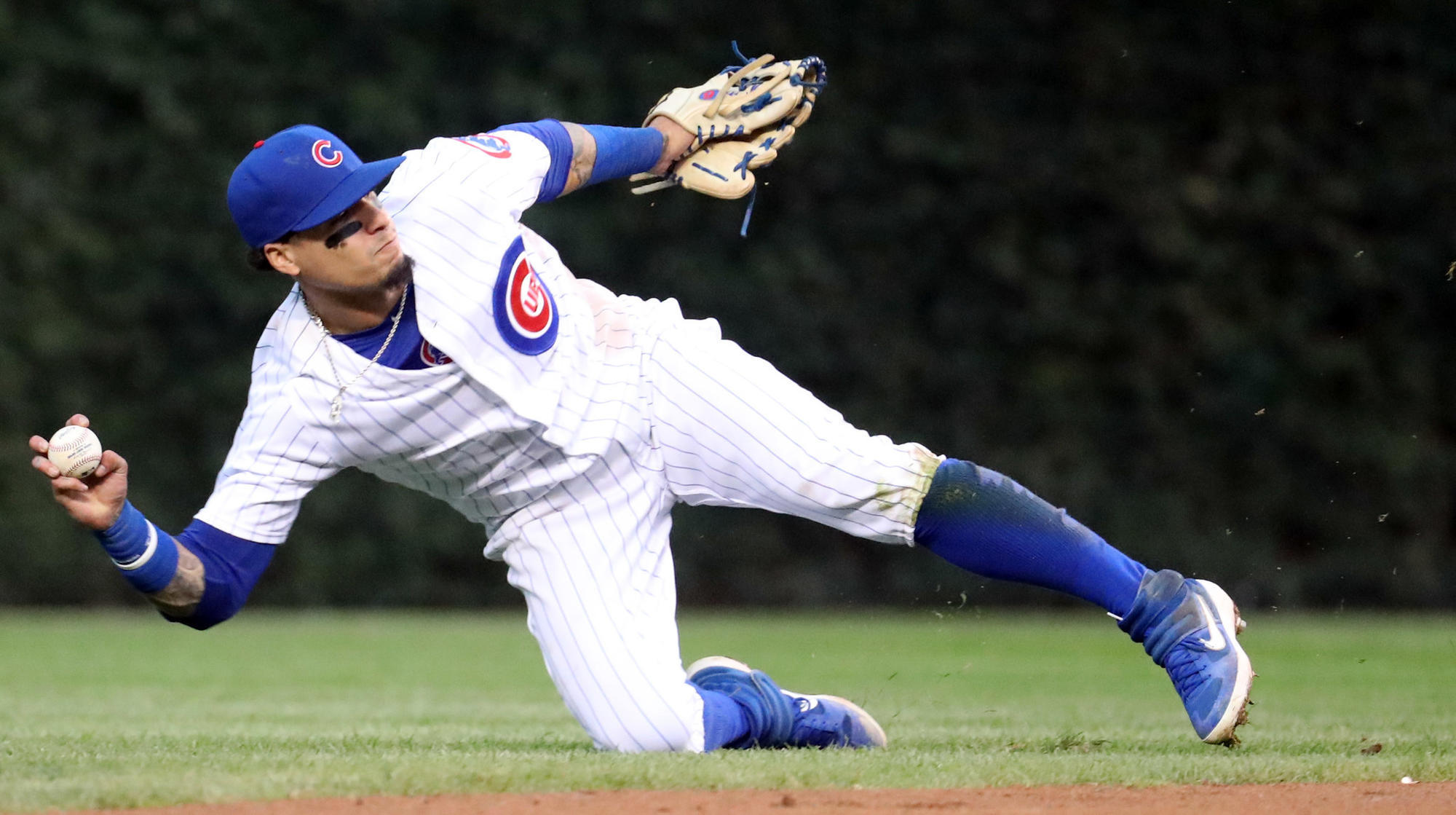 cubs javier baez honored for defensive versatility for 3rd