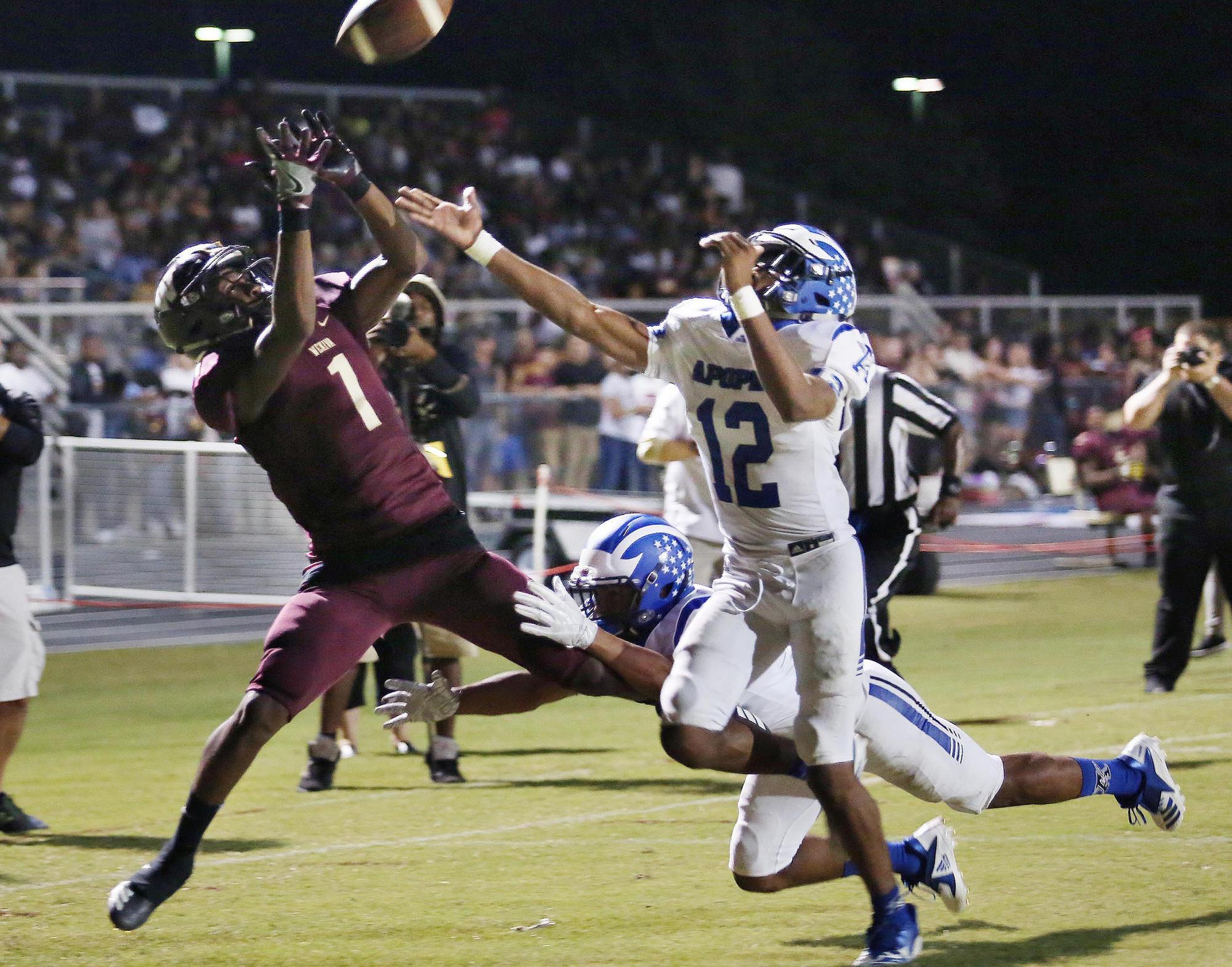 Edgewater Falls Out Of Ap Football Rankings Orlando Sentinel