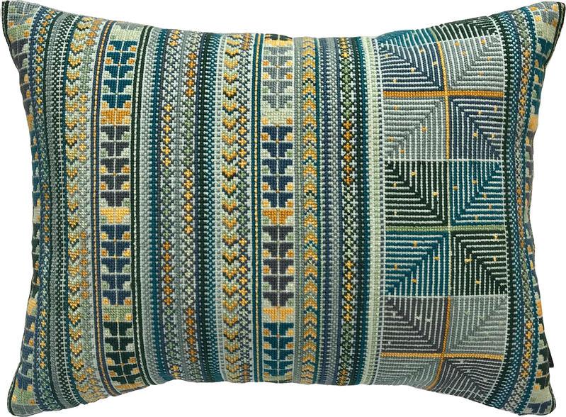 Kissweh pillows