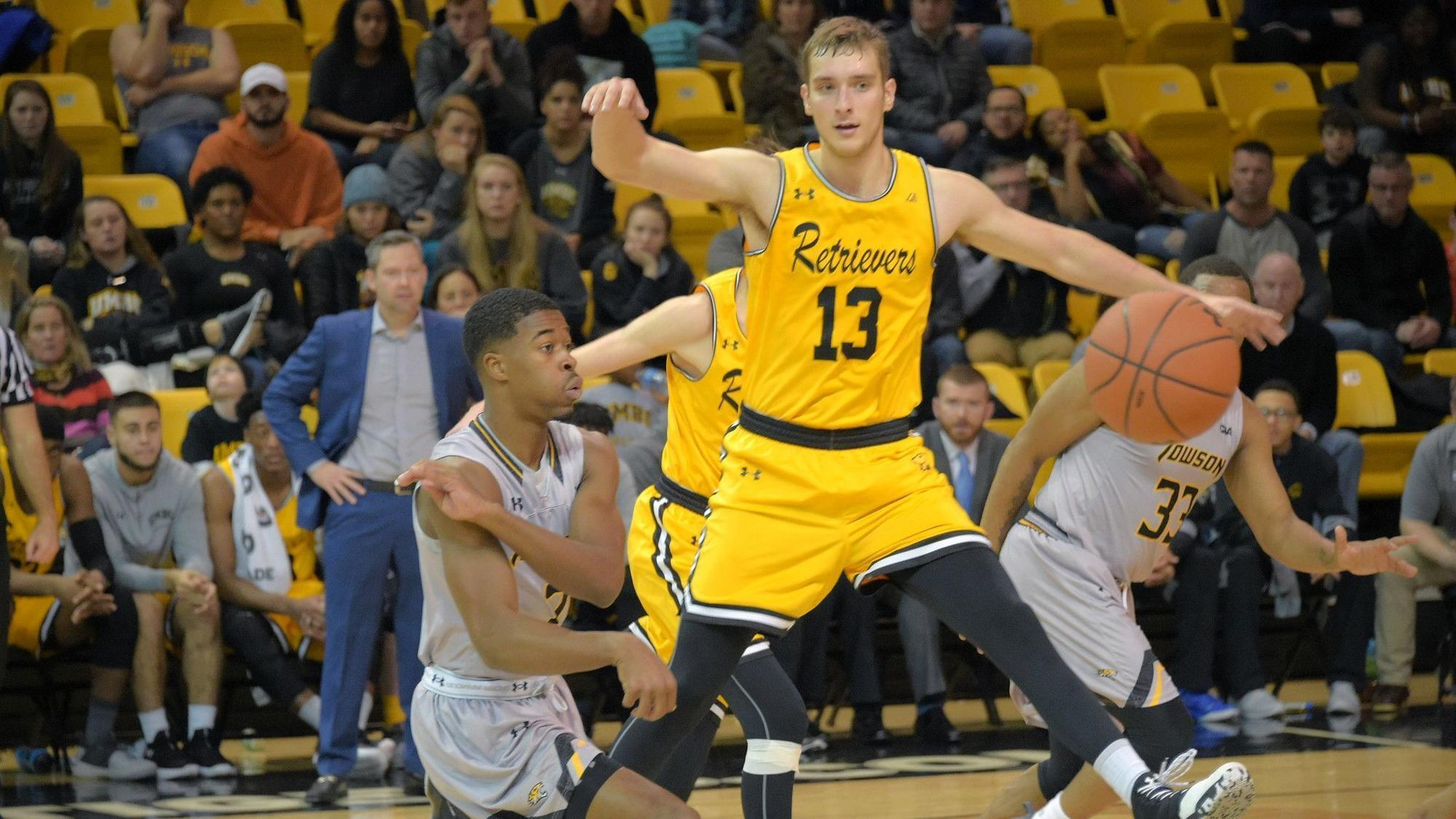 1477e4dfc20 UMBC basketball captain Joe Sherburne relishes chance to play before family  in season opener at Marquette