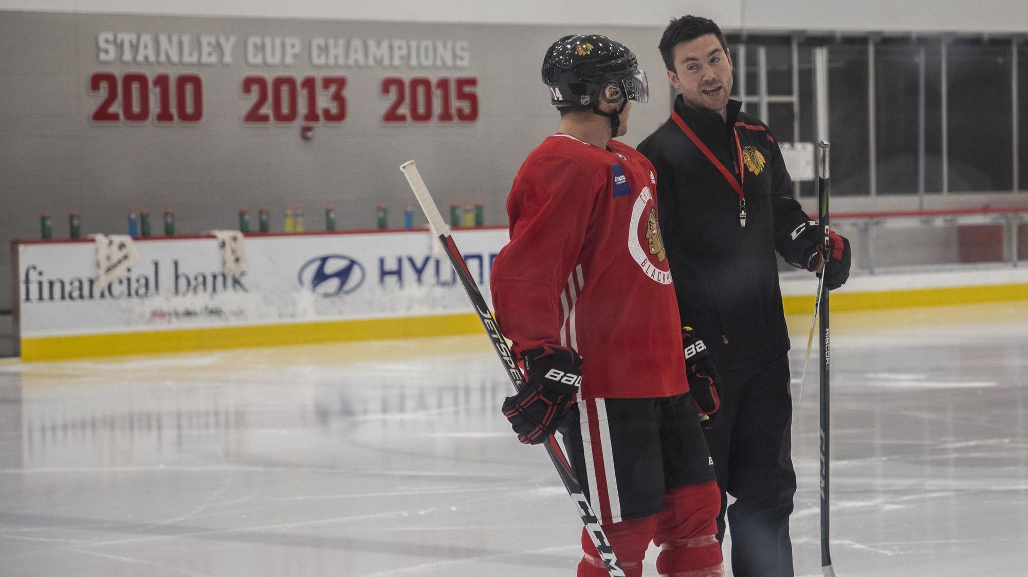 New Blackhawks Coach Jeremy Colliton 33 Doesn T Think