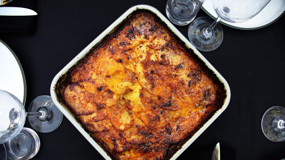 Triple cheese curried cauliflower gratin