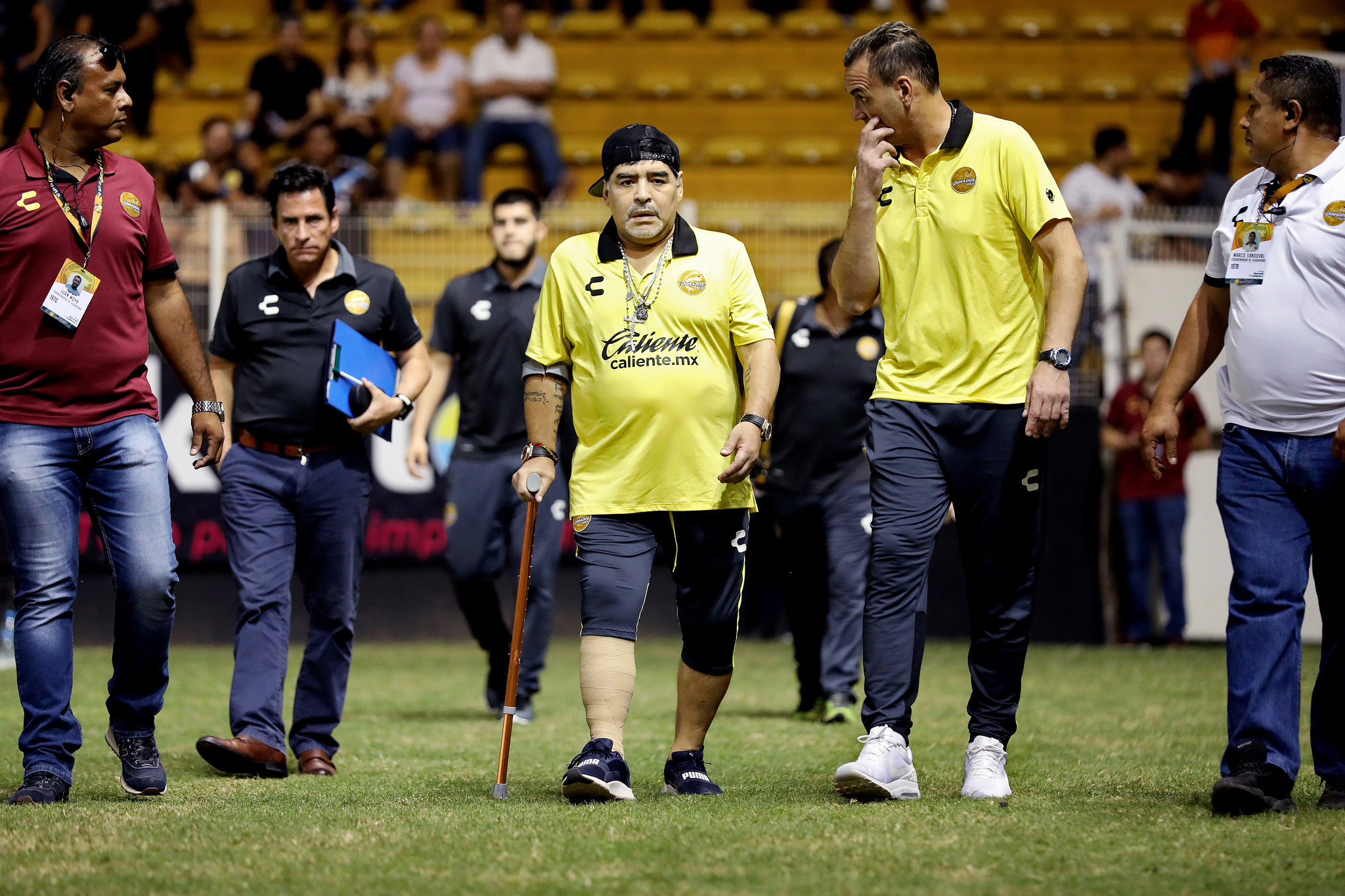 CULIACÁN, SINALOA — SATURDAY, OCTOBER 27, 2018: Diego Maradona, center, coach of Dorados of Sinaloa