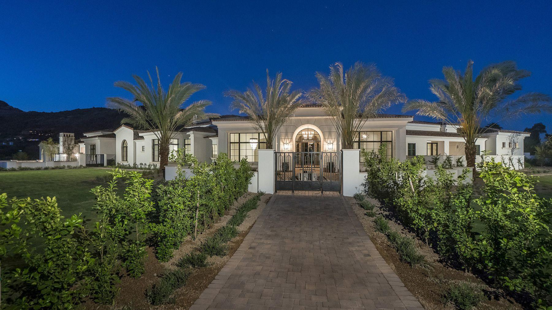 new arizona mansion linked to michael phelps baltimore sun. Black Bedroom Furniture Sets. Home Design Ideas