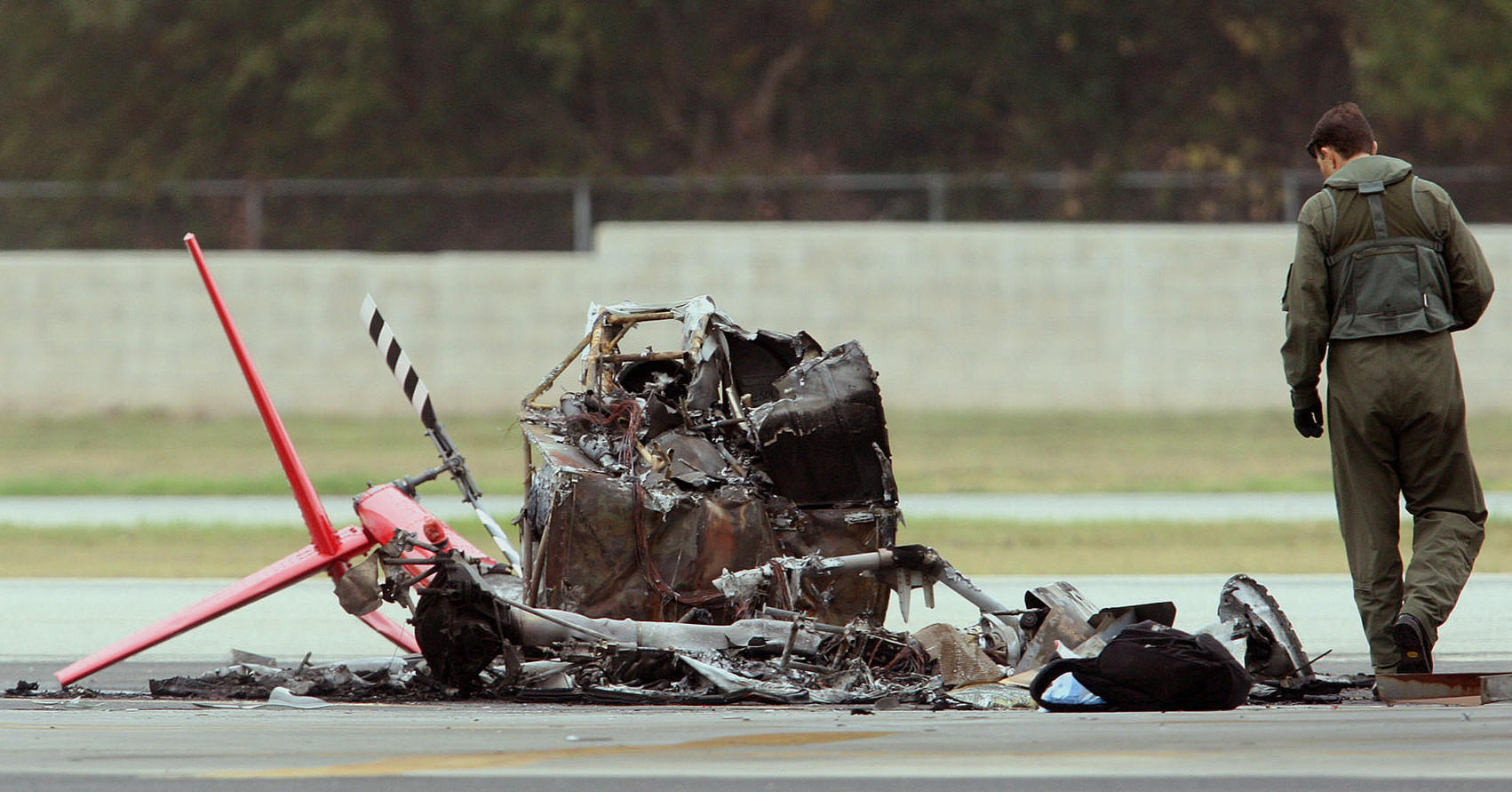 Danger Spins From The Sky The Robinson R44 The World S Best Selling Civilian Helicopter Has A Long History Of Deadly Crashes Los Angeles Times
